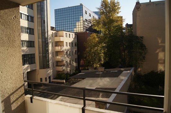 SchönLife Apartments: Вид с балкона из гостиной