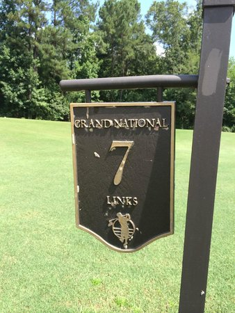 Muscle Shoals, AL: Robert Trent Jones Trail Golf Club Hole Marker