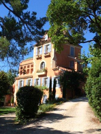 Chateau Les Charmettes: Le château