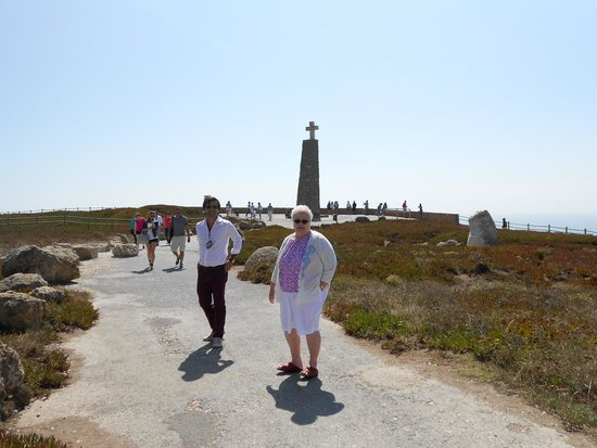 Lisbon Secrets - Guided Tours : Pedro and my wife at the western tip of Europe