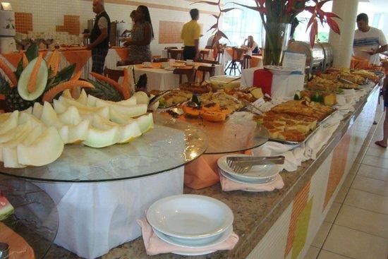 Sunshine Praia Hotel: café da manhã
