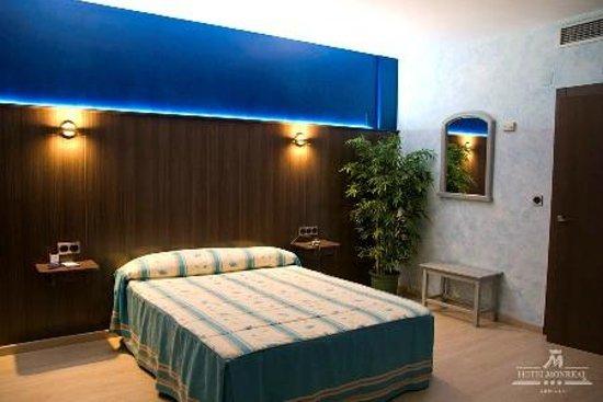 Hotel Monreal: Habitación con Hidromasaje