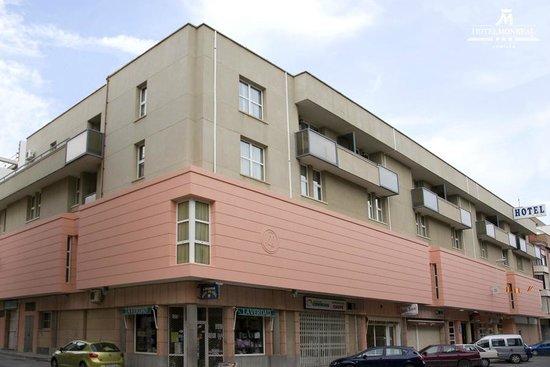 Hotel Monreal: Fachada del Establecimiento