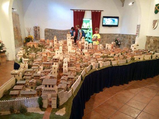 San Gimignano 1300: !