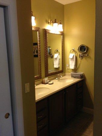 Wyndham Resort at Fairfield Glade: 2nd bedroom bathroom