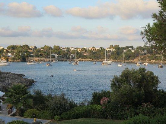 Blau Privilege PortoPetro Beach Resort & Spa : Vista de la entrada al puerto de Porto Petro