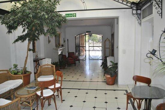Hotel Solar de la Plaza: Hall de entrada y estar