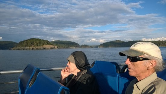 Deception Pass Tours: auntie enjoying the views