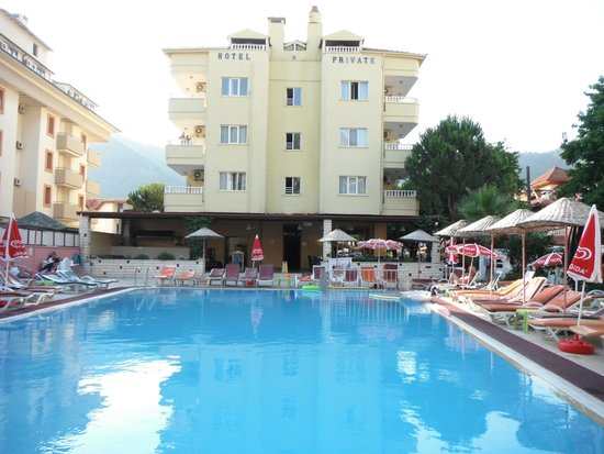 Private Hotel: Pool & Hotel from Bar Area