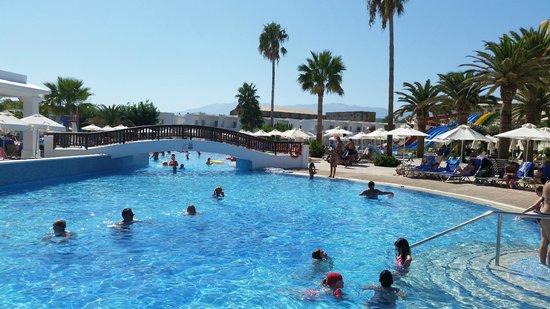 Louis Creta Princess Beach Hotel: baseny
