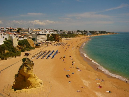 Real Bellavista Hotel & Spa: View from beach elevator