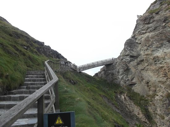 Tintagel Castle: Does not look as steep as it actually gets!