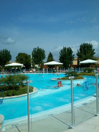 Numanablu Family Resort & Camping: la splendida piscina del villaggio