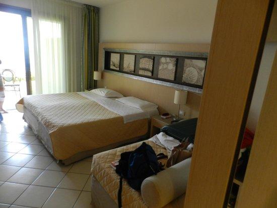 Club Marmara Cala Regina : chambre...