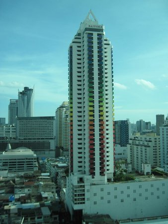 Baiyoke Sky Hotel: View from 18th Floor Lobby