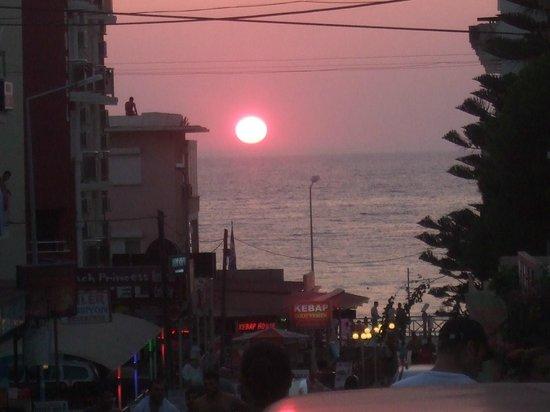 Palmin Hotel: sun set