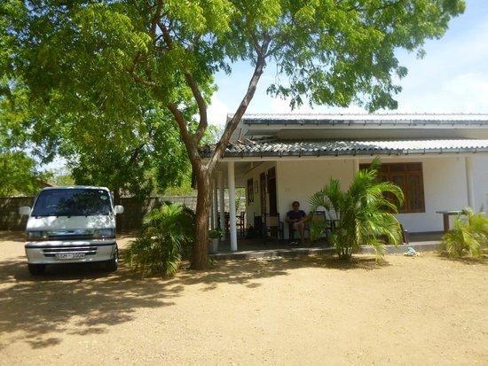 JC Guesthouse : De bungalow