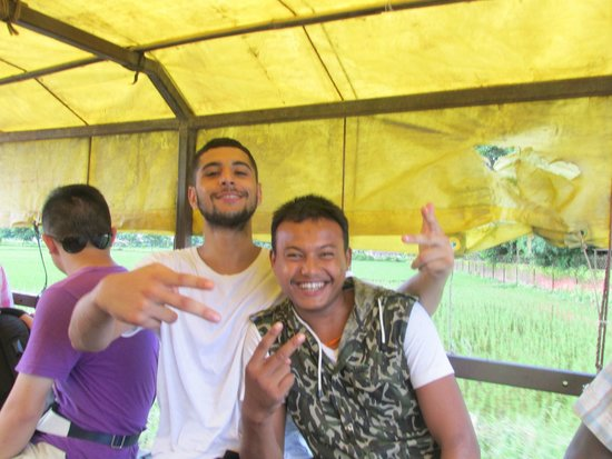 Chitwan Forest Resort: Friend and Arjun, one pf the staff there