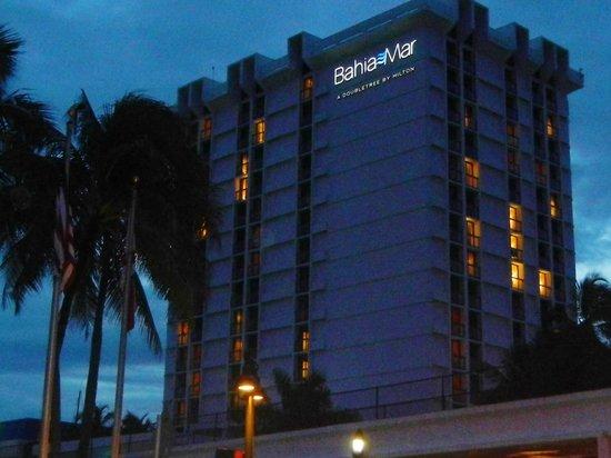 Bahia Mar Fort Lauderdale Beach - a Doubletree by Hilton Hotel: Hotel building