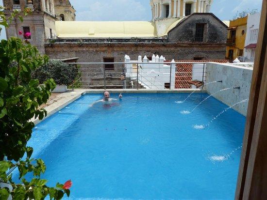 Casa Claver Loft Boutique Hotel: La piscina de la azotea
