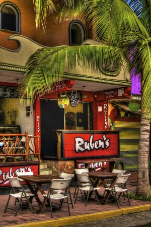 Rueben's Deli