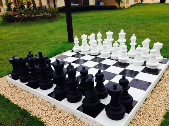 Fishing Lodge Cap Cana: giant chess game
