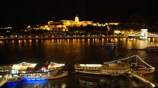 InterContinental Budapest: Vista do Quarto 2