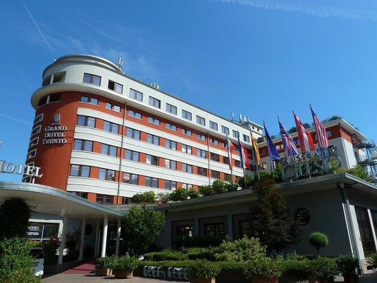 Grand Hotel Trento: Exterior view