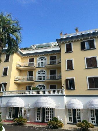 La Medusa Hotel & BoutiqueSpa : hôtel vu de la piscine