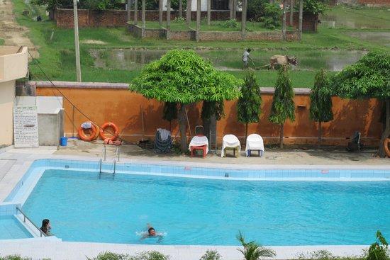 View Siddhartha Hotel: la piscine de l'hôtel