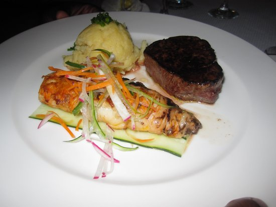 La Cana Golf Course: one of the plated dinners