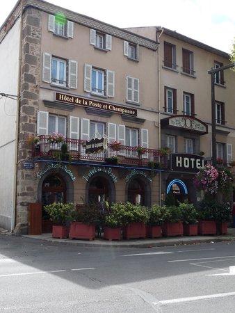 Hotel De La Poste - Annexe Champanne : Hôtel de la Poste