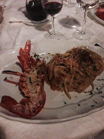 Al Saraceno : Beautiful lobster spaghetti.
