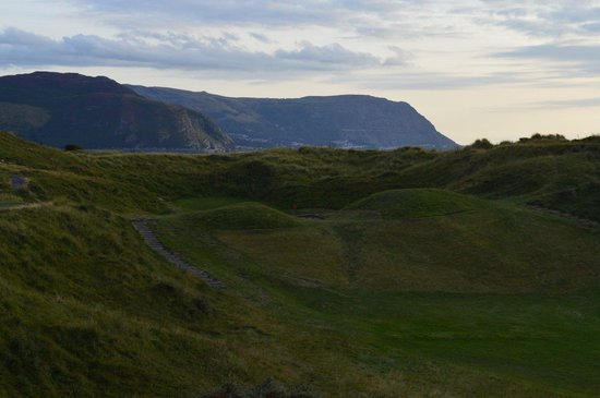 North Wales Golf Club: Par 3 16th Hole