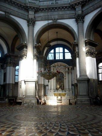 Basilica di Santa Maria della Salute: La Salute