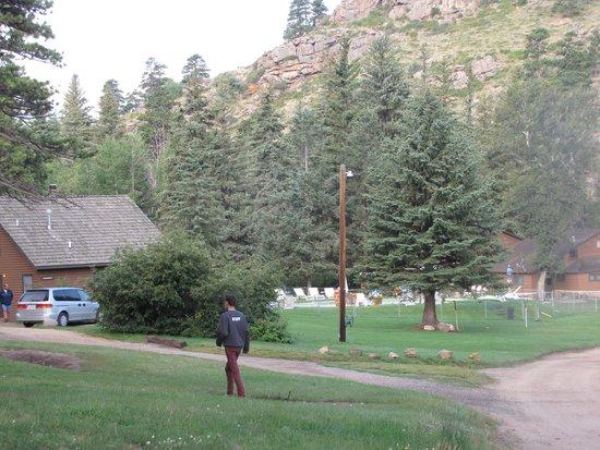 Glacier Lodge: Our cabin (Ponderosa)