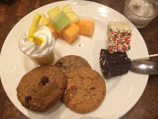The Buffet at Wynn : The peanut butter cookies were amazing, the rest were stale.  The lemon dessert was separating a