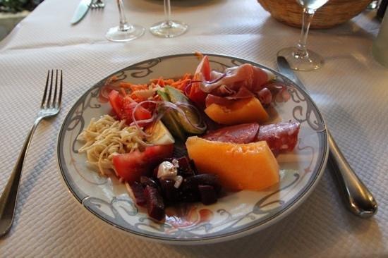 Restaurant Oillarburu Saint Jean Pied De Port