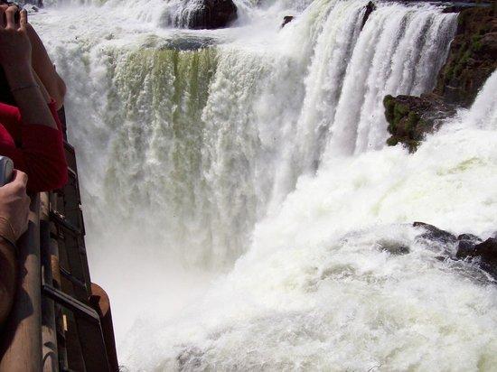 Puerto Iguazú Arts and Crafts Market : LA GARGANTA DEL DIABLO.