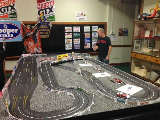 The Kruger Street Toy & Train Museum: Miniature Racetrack - Hands on!