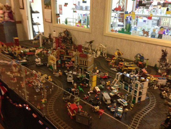 The Kruger Street Toy & Train Museum: Even a Lego train!