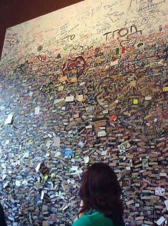 Casa di Giulietta: стена пожеланий