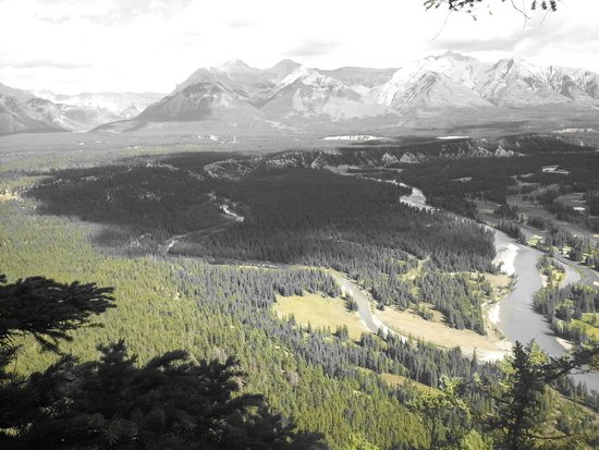 Tunnel Mountain Trail: View6