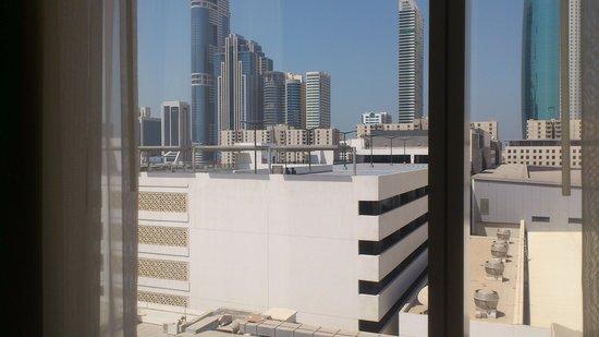 Novotel World Trade Centre Dubai: depuis la fenetre de la chambre !