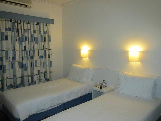 Lisboa Tejo Hotel: Room 208