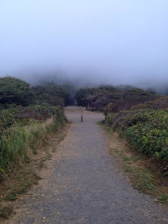 Adobe Resort: Along the Oregon Coast Trail