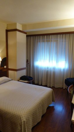 Hotel Maria Luisa : Bedroom