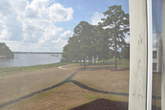 Lake Blackshear Resort and Golf Club : porch view