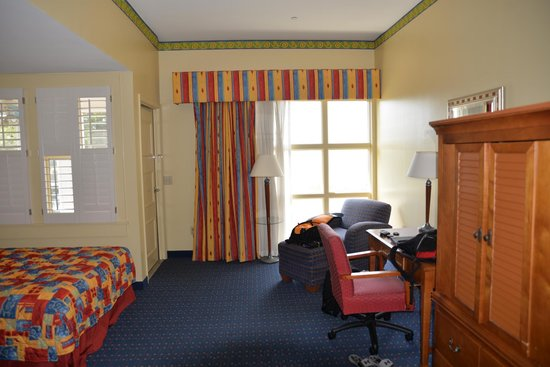 Lake Blackshear Resort and Golf Club : Large room
