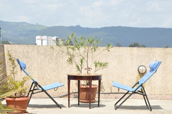 Addis Regency Hotel: Terrace